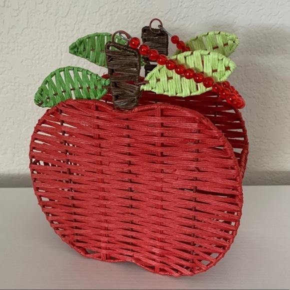 Apple Basket / Snow White Treat Basket Bag